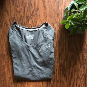 Gray under Armour short sleeve workout top